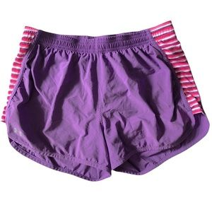 UNDER ARMOUR lined running short, Classic cut